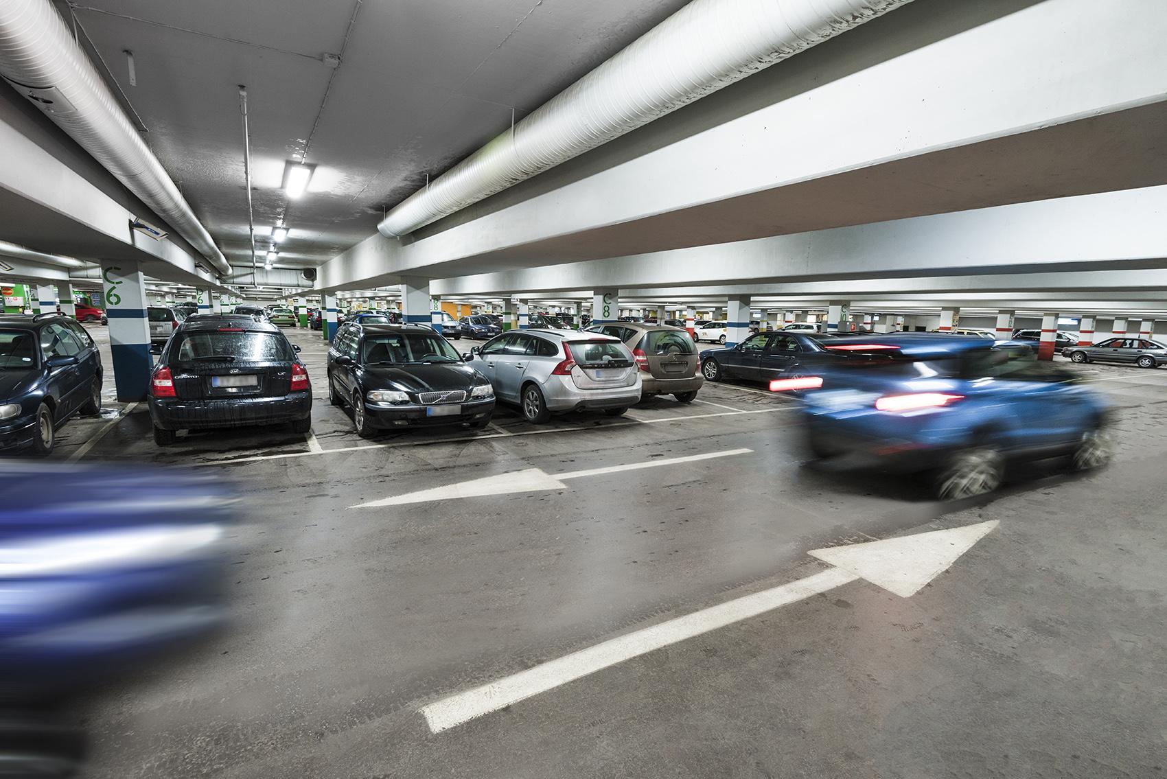 Sähköautojen latauspisteet uudistetaan